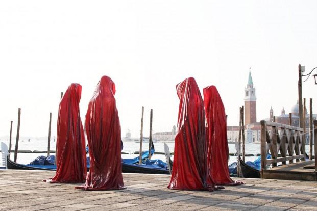 "Manfred Kielnhofer, Bildhauer, Künstler, Designer, Fotograf © ""Faceless Guardians"